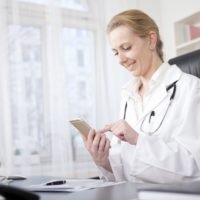 4 Free Smartphone Apps Every Physician Could Use